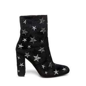 STEVE MADDEN STARS EMBROIDERED EDIT ANKLE BOOTS